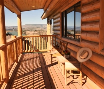 Golden Eagle Cabin